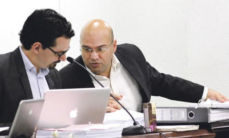 Villalta y Araya ganan juicio a favor de la CCSS