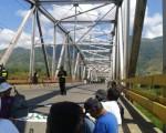 Zozobra y angustia en puente Térraba