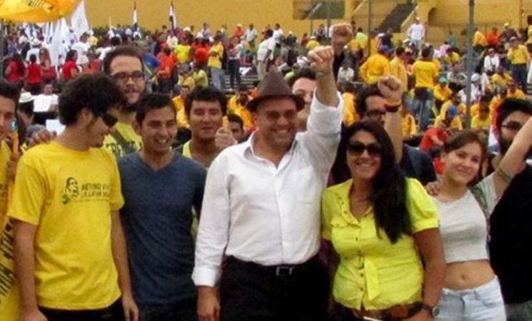 Presidente Solís: convoque proyecto para que jóvenes participen en elecciones