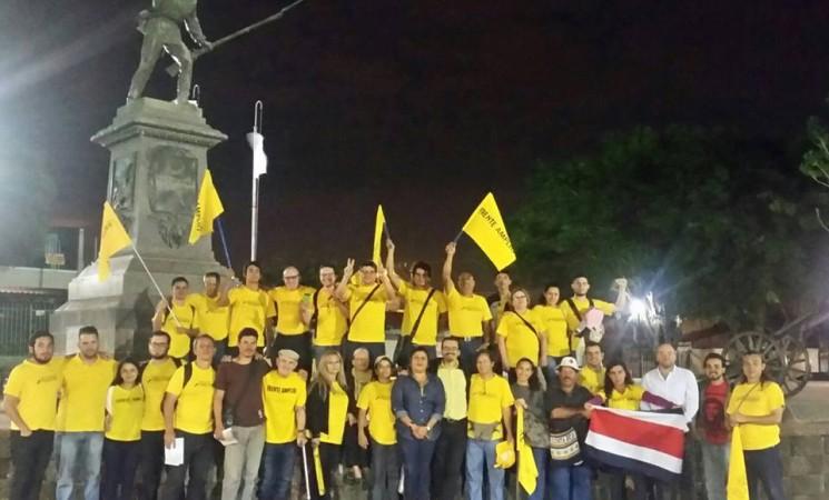 Recorridos por Alajuela, San Ramón y Guacimal.