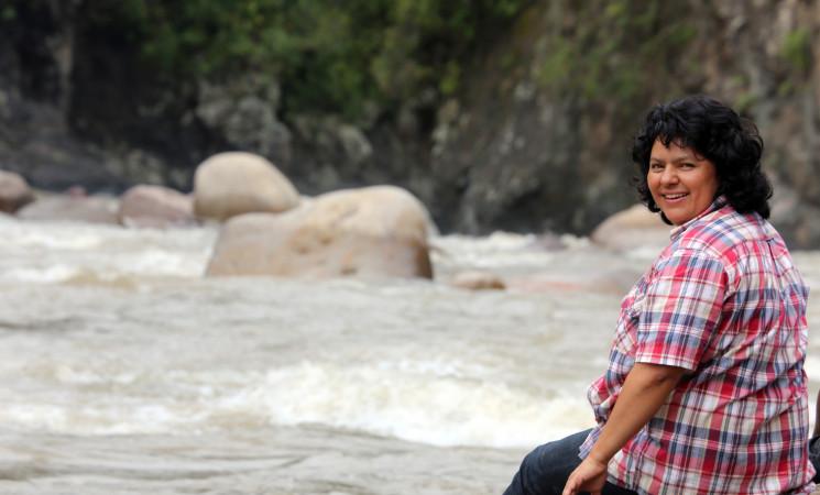 Repudiamos el asesinato de Berta Cáceres