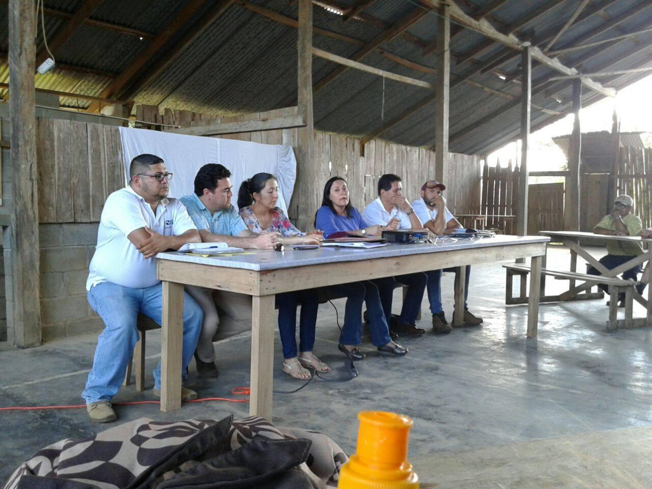 En Moravia de Cutris, reunión para darle seguimiento al proyecto de la cooperativa de quesos