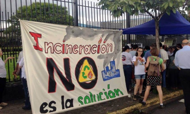 Proyecto Frente Amplio: Ley para la prohibición de incineración.