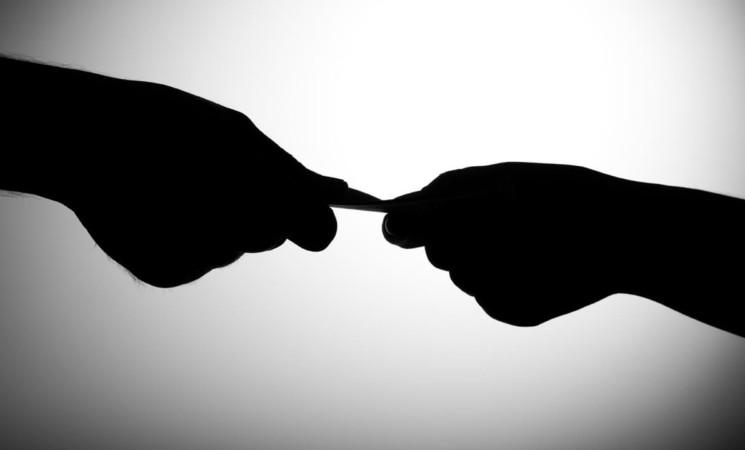 Detenida vía rápida  proyecto contra corrupción.