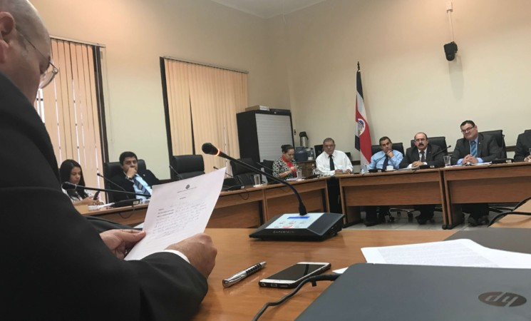 Piñería: Planteamos discusión sobre esferas en Comisión